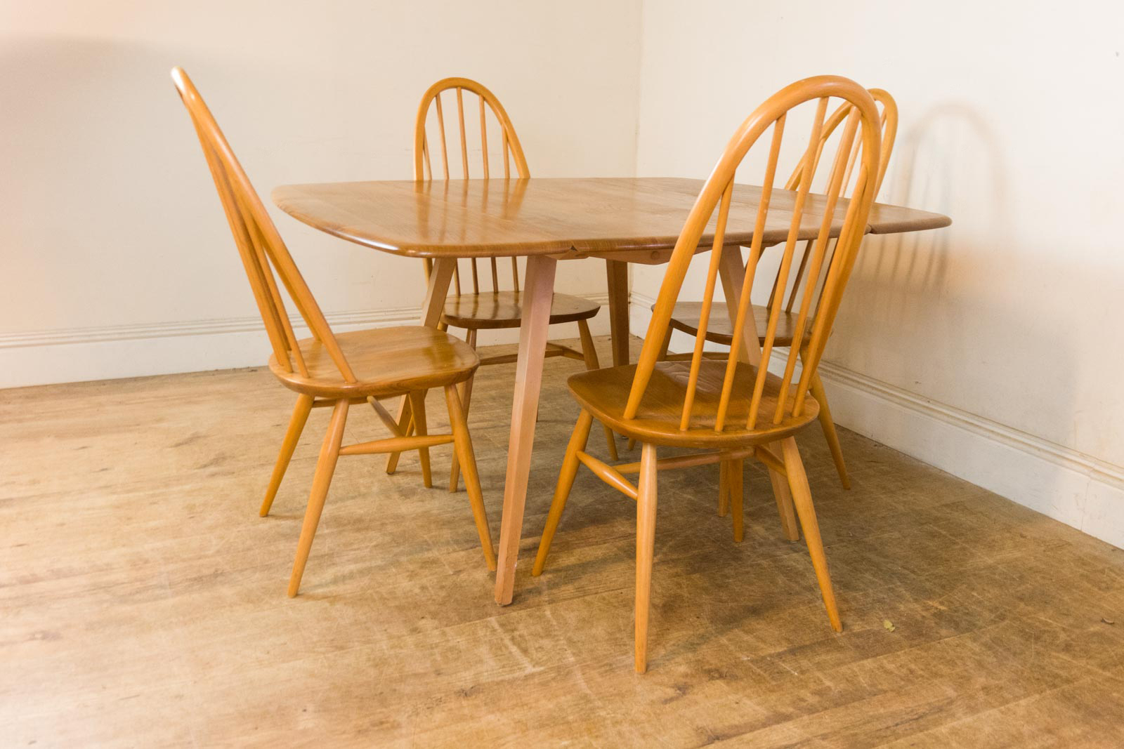 Vintage Retro Ercol Light Elm Drop Leaf Dining Table and 4  : HV201110 2 from www.ebay.co.uk size 1600 x 1067 jpeg 599kB
