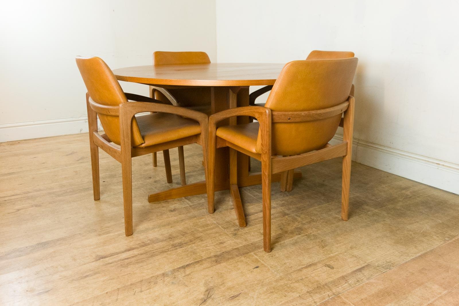 vintage retro danish teak drop leaf dining table and 4 kai. Black Bedroom Furniture Sets. Home Design Ideas